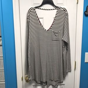 Tops - Black and White Striped Long Sleeve Shirt